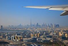 从飞机的看法向迪拜 免版税库存照片