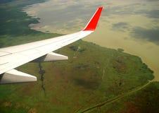 从飞机看见的奥地利大湖 免版税库存图片