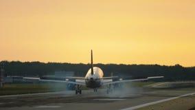 飞机着陆清早