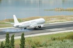 飞机着陆 库存图片