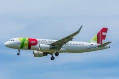 飞机空气卢克索CS-TMW空中客车A320-200 免版税库存照片