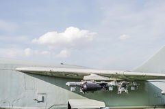飞机翼用炸弹 库存照片