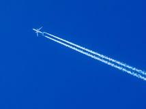 飞机蒸气足迹 库存照片