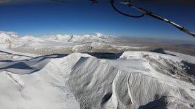 飞机飞行在喜马拉雅山 股票录像