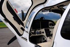 飞机驾驶舱抢救 免版税库存照片