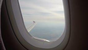 飞机,客轮翼天空蔚蓝,高度土地舷窗  股票视频