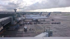 飞机终端 免版税库存照片