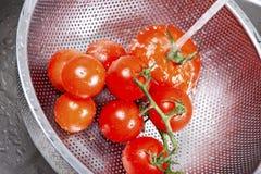 飞溅在水中的新鲜蔬菜 免版税图库摄影