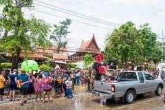 水飞溅或Songkran节日在泰国 图库摄影