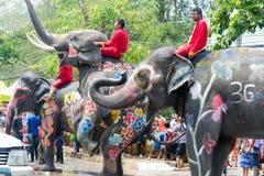 水飞溅或Songkran节日在泰国 免版税图库摄影