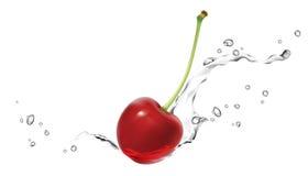 飞溅水的樱桃 免版税库存照片