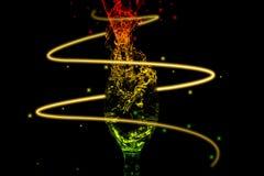 水飞溅系列-微型酒杯动荡颜色能量 免版税库存图片