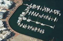 飞行中小船的港口 库存图片