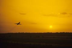 飞行为时 免版税库存图片