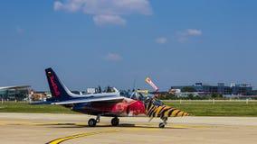 飞行公牛的阿尔法喷气机 库存照片