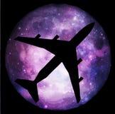 飞行到在不可思议的光的月亮 免版税库存图片