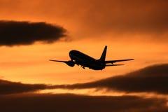 飞行喷气机采取 库存照片