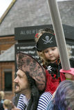 飞行在利物浦利物浦海盗节日的海盗旗 免版税库存照片