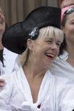 飞行在利物浦利物浦海盗节日的海盗旗 免版税库存图片
