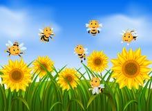 飞行在向日葵庭院里的蜂 向量例证