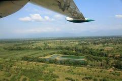 飞行在大陆洪都拉斯 免版税图库摄影