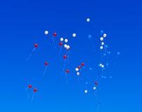 飞行在天空的气球 图库摄影