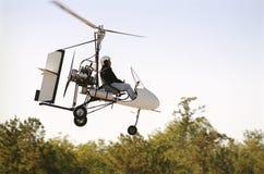 飞行旋转直升飞机 库存照片