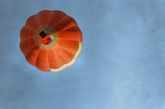 飞行气球 免版税图库摄影
