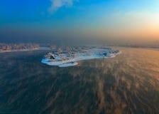 飞行海岛 库存图片