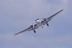 飞行的高平面支柱 免版税库存图片