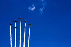 飞行表演空气游行在波兰 图库摄影