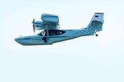 飞行水上飞机SK-12猎户星座 免版税图库摄影