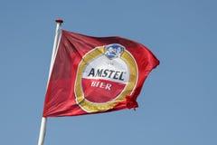 飞行Amstel啤酒旗子 免版税库存照片
