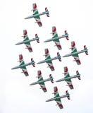 飞行frecce tricolori 免版税库存照片