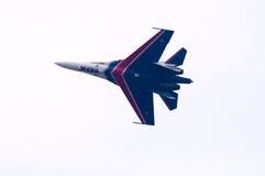 飞行su27 免版税库存图片