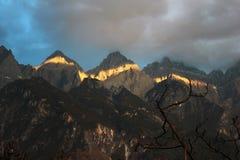 飞跃峡谷,云南,瓷的老虎 免版税库存图片