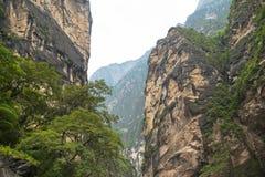 飞跃峡谷,桥头,中国的老虎 图库摄影