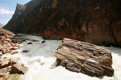 飞跃老虎的峡谷 库存图片