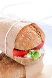 素食三明治用红色辣椒粉、黄瓜、letucce和酸奶干酪 库存图片