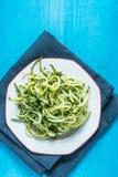 素食和健康绿皮胡瓜意粉 免版税库存照片