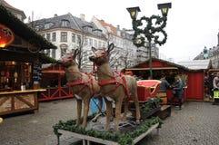 食品项目在圣诞节市场上 图库摄影