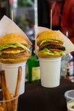 食家汉堡滑子开胃菜 图库摄影