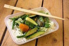 素食泰国食物饭菜外卖点盘 免版税库存照片