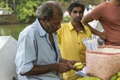 食物卖主在斯里兰卡 免版税库存照片