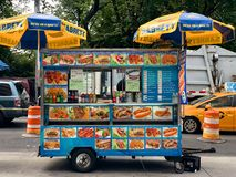 食物在纽约,美国交换供营商 免版税库存照片