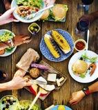 食物开胃菜服务午餐膳食概念 免版税库存图片
