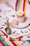 食物摄影,样式,鸡蛋,未加工的成份-面粉,鸡蛋,黄油,糖, 免版税库存照片