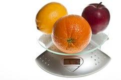 食物果子混合缩放比例 免版税图库摄影