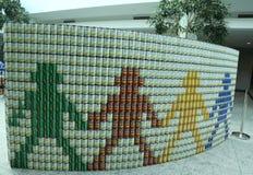 食物雕塑提出了在第10每年长岛Canstruction竞争在尤宁代尔 图库摄影