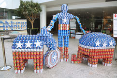 食物雕塑提出了在第10每年长岛Canstruction竞争在尤宁代尔 库存照片